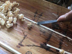 publier et gouge copeaux de bois